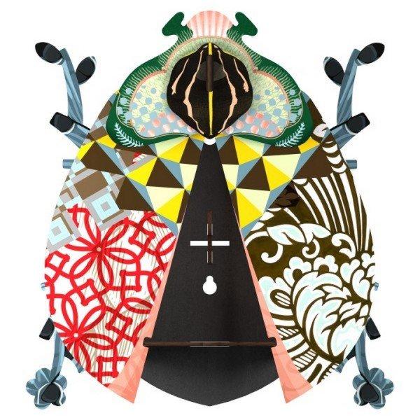 decorative beetle john ein wandschr nkchen in k ferform. Black Bedroom Furniture Sets. Home Design Ideas